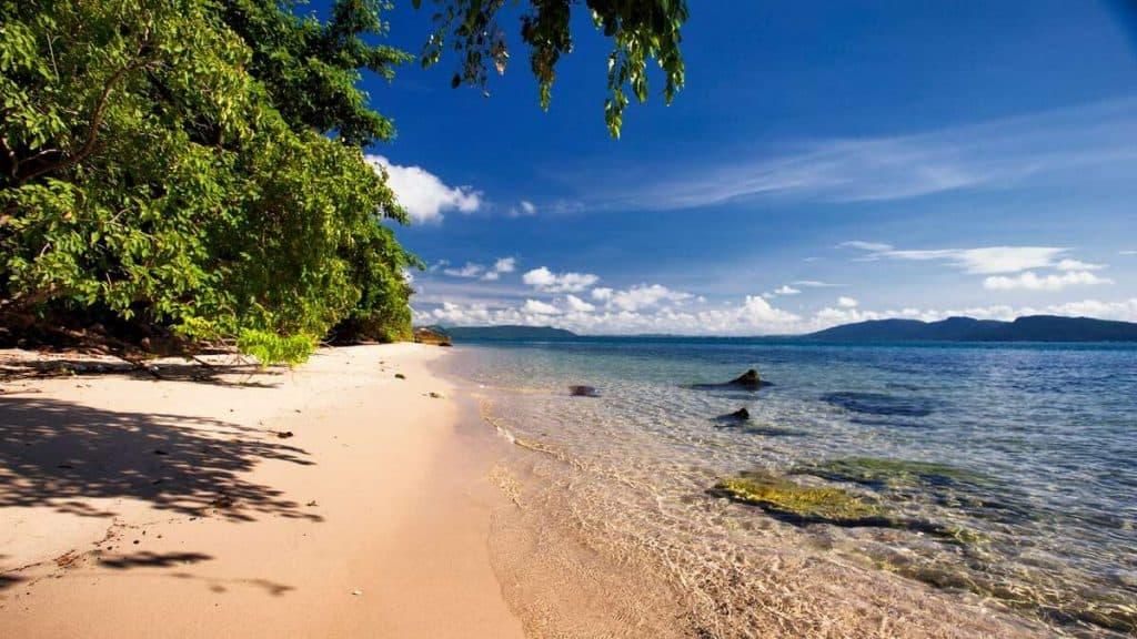 Idylliska stränder på Six Senses Krabey Island.